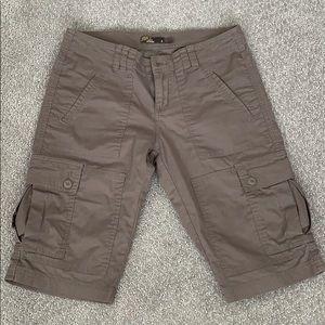 prAna organic cotton cargo shorts EUC